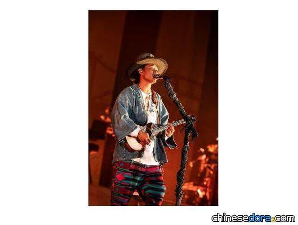 [日本] 平井大的演唱會上,《大雄的月球探測記》主題曲《THE GIFT》首度完整公開!